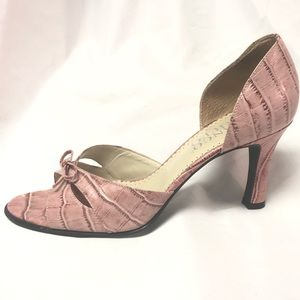 Franco Sarto Pink Leather Reptile print sandals 8M